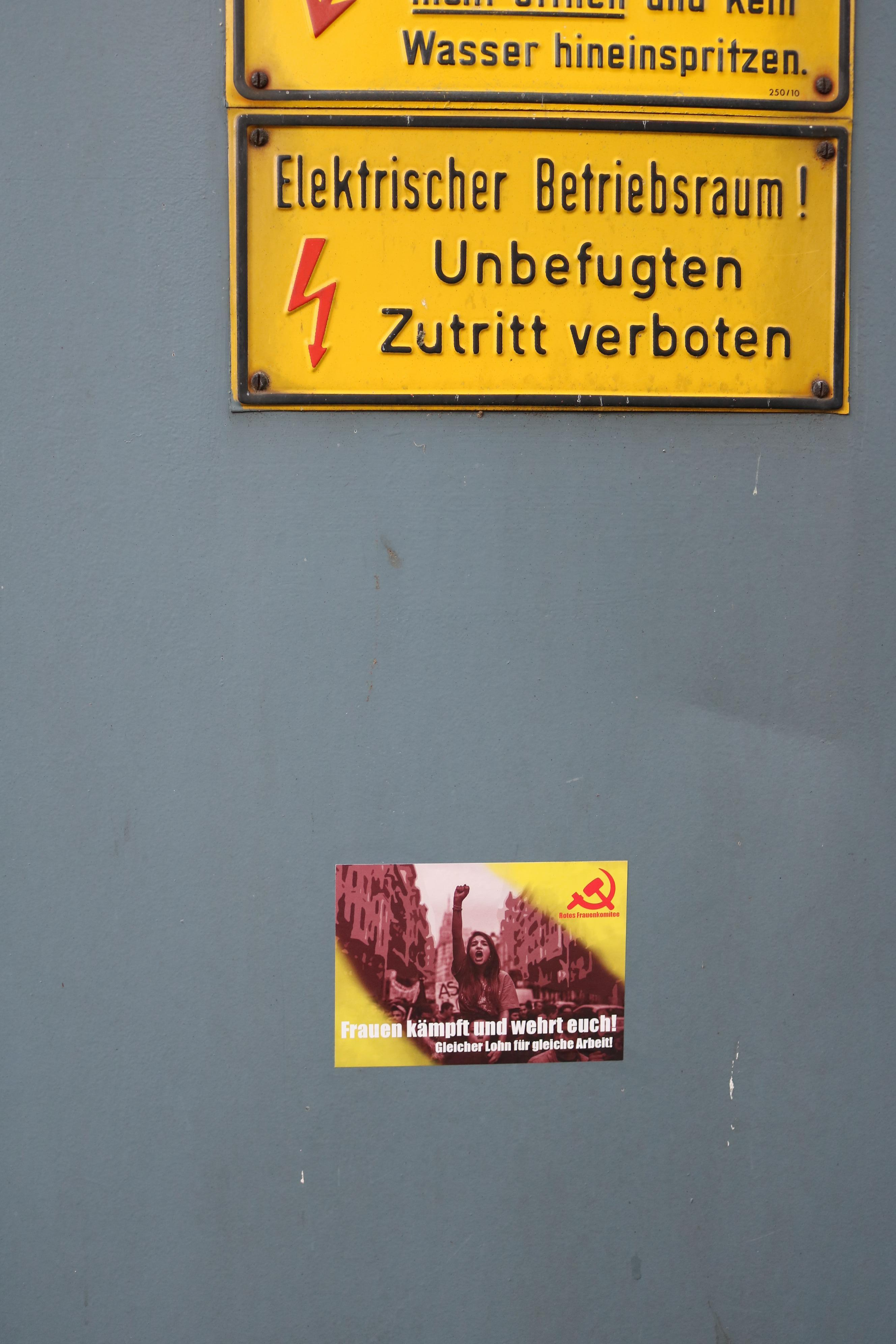 rotes frauenkomitee sticker 3